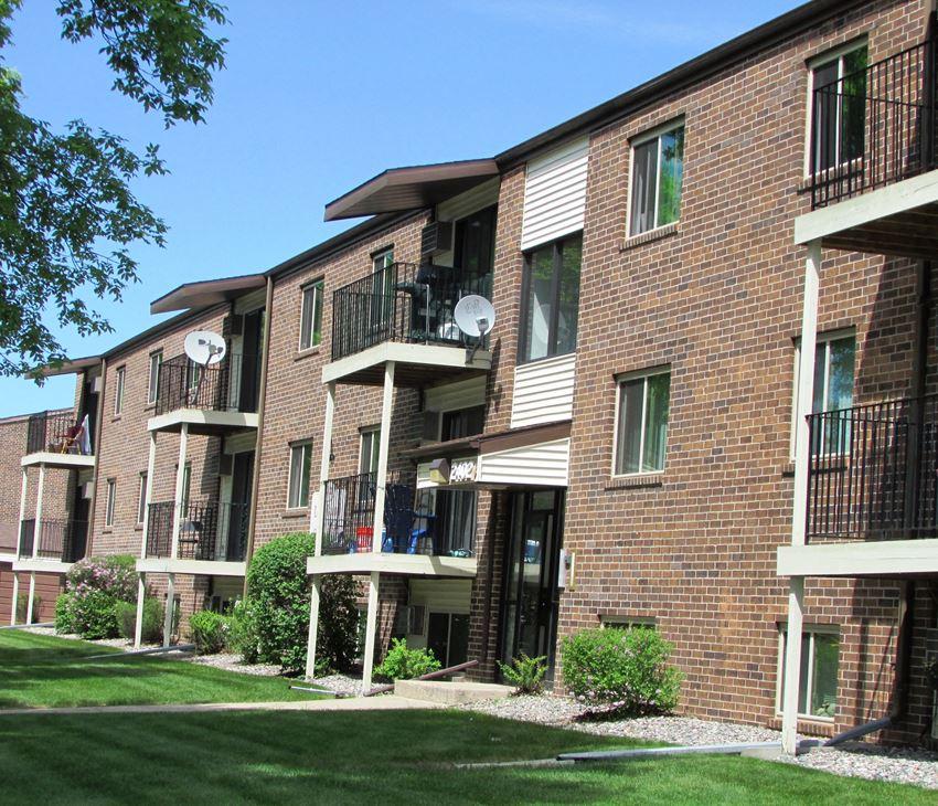 Long Island Apartments | Fargo, ND