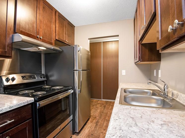 Maplewood Apartments   Kitchen