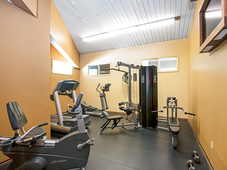 Maplewood Apartments | Fitness Room