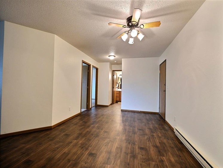 Brownstone Apartments | 2 Bedroom Plan A | Dining Room