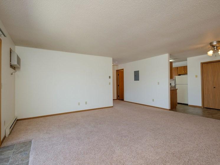 Oak Court Apartments | Living Room
