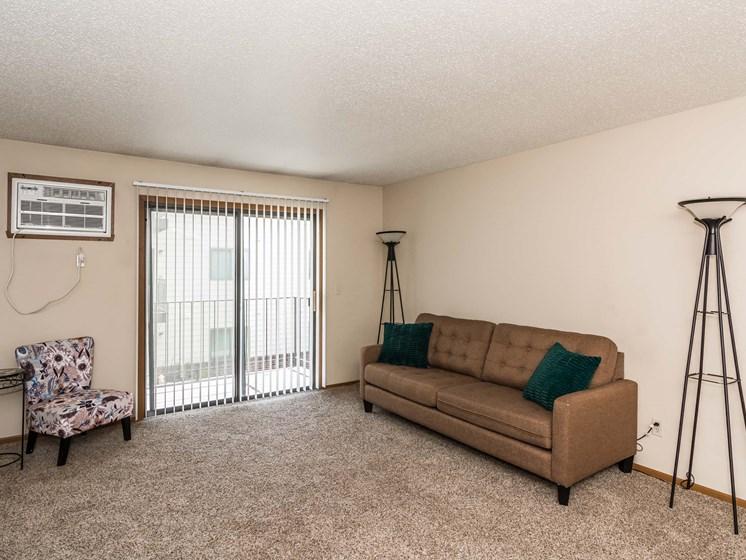 Richfield Apartments | 2 Bedroom 2 Bath | Living Room