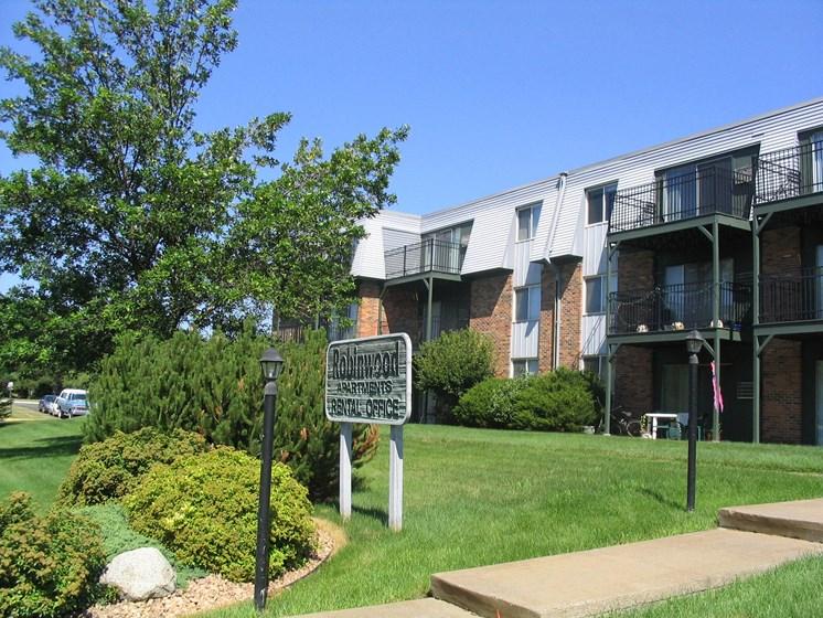 Robinwood Apartments   Coon Rapids, MN