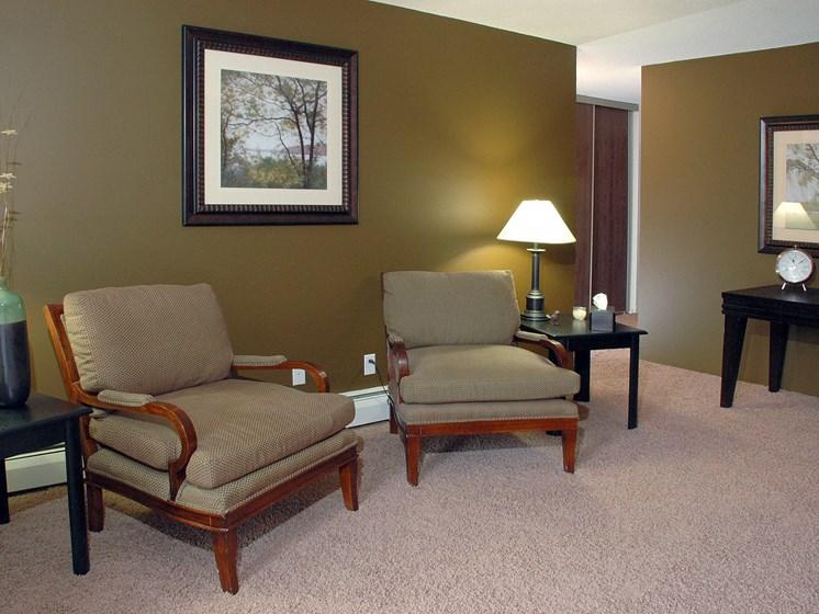 Robinwood Apartments   Living Room