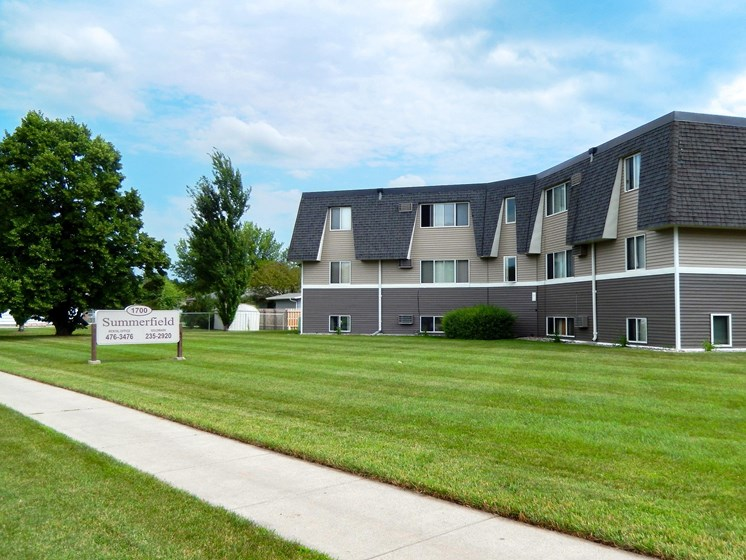 Summerfield Apartments | Fargo, ND