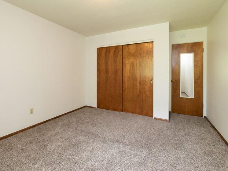 Islander Apartments   Bedroom