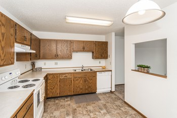1875 28Th Ave S 1-3 Beds Apartment for Rent Photo Gallery 1
