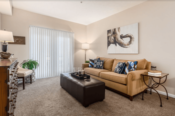 5930 S Sunbury Rd 1-2 Beds Apartment for Rent Photo Gallery 1
