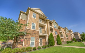 6400 Divide Parkway 1-2 Beds Apartment for Rent Photo Gallery 1
