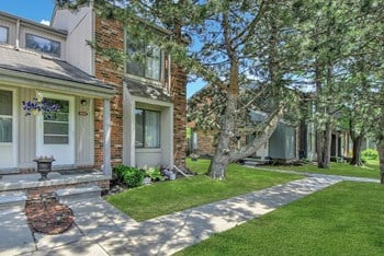 2154 Hyde Park Rd 2 Beds Apartment for Rent Photo Gallery 1