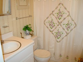3716 Groometown Rd 2 Beds Townhouse for Rent Photo Gallery 1