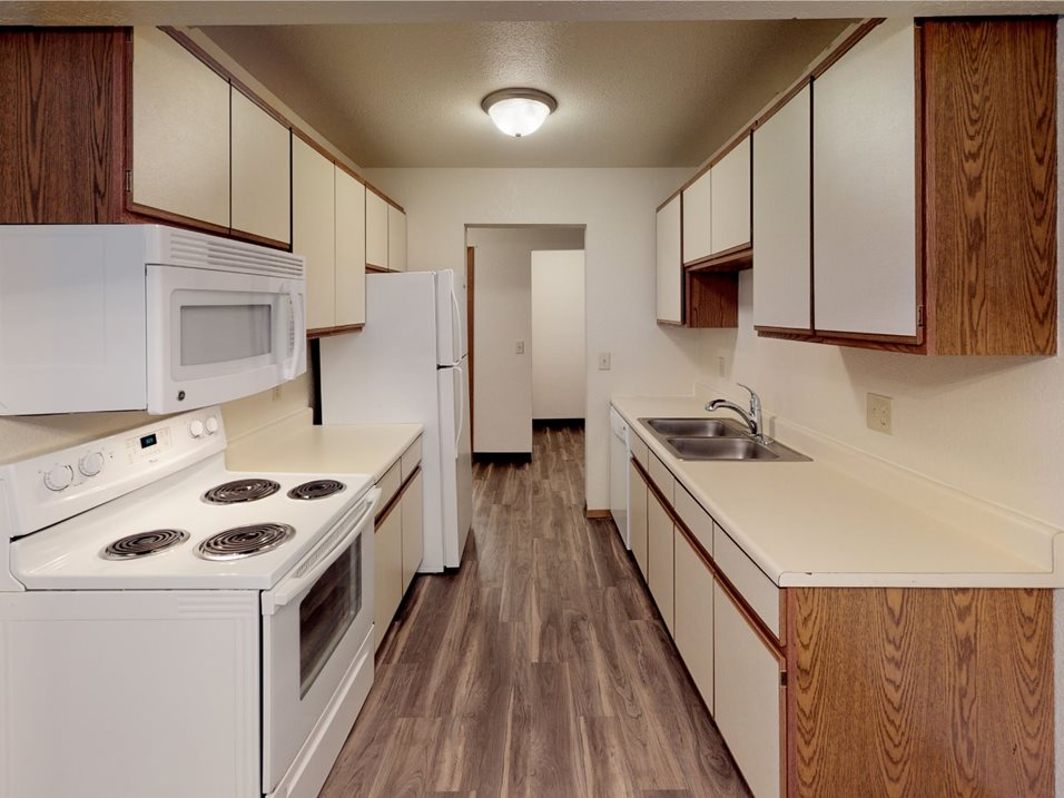 Photos and Video of Southwind Apartments in Grand Forks, ND