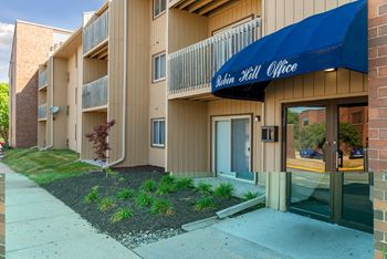 2000 Westown Pkwy. #37 1-2 Beds Apartment for Rent Photo Gallery 1
