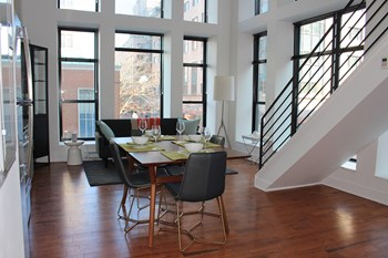150 East State Studio Apartment for Rent Photo Gallery 1