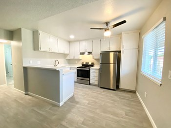 2052-2053 Wilkins Ave 1 Bed Apartment for Rent Photo Gallery 1