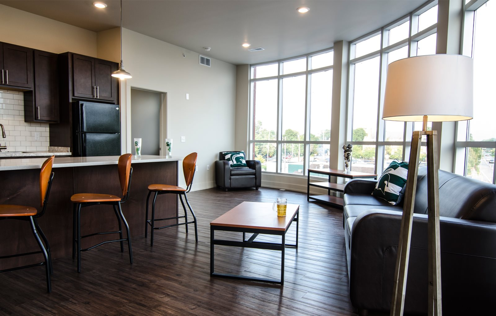 Dtn East Lansing Apartments For Grand Rapids Holt
