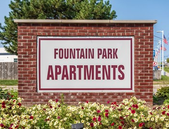 42101 Fountain Park Dr N 1 Bed Apartment for Rent Photo Gallery 1