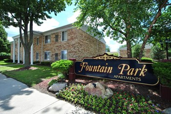 fountain park north apartments southgate mi primary photo(1) - Gale Gardens Apartments In Melvindale Mi