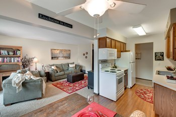 4199 46Th Avenue North 3 Beds Apartment for Rent Photo Gallery 1