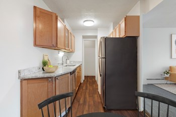 4820 Highway 7 Studio Apartment for Rent Photo Gallery 1