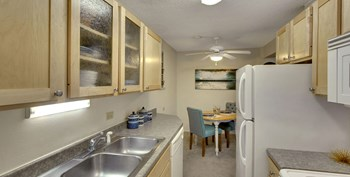4820 Highway 7 Studio-3 Beds Apartment for Rent Photo Gallery 1