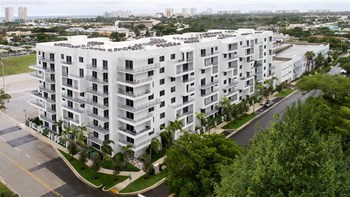 275 N Federal Highway 1-3 Beds Apartment for Rent Photo Gallery 1
