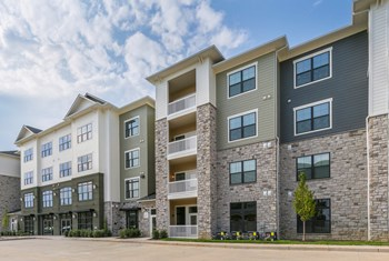 16573 Wild Horse Creek Rd 1-3 Beds Apartment for Rent Photo Gallery 1