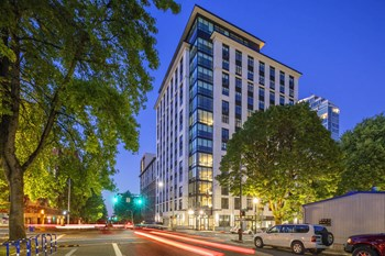 1177 SW Market St. Studio-2 Beds Apartment for Rent Photo Gallery 1