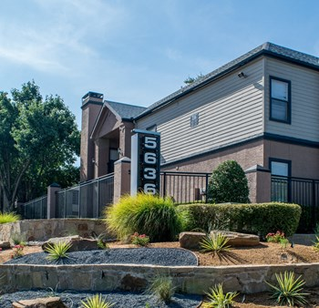 5636 Spring Valley Rd 1-2 Beds Apartment for Rent Photo Gallery 1