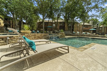 601 N Park Blvd 1-3 Beds Apartment for Rent Photo Gallery 1