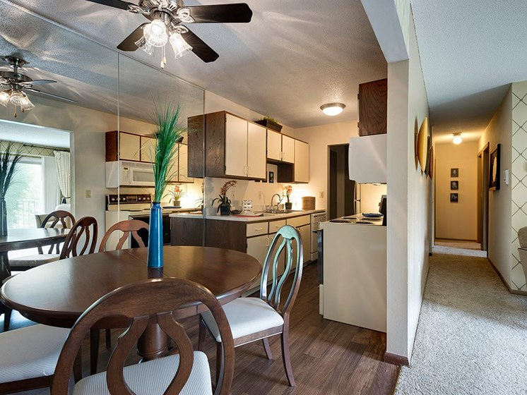 Kitchen and dining room with Ceiling Fans