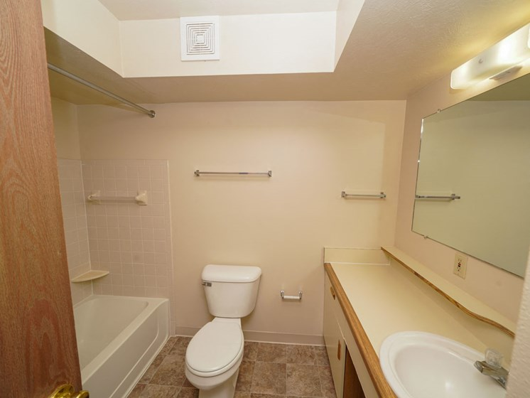Roomy Main Bath at Hurwich Farms Apartments in South Bend, IN