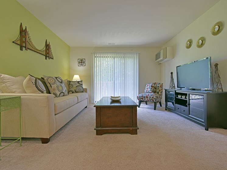Oversized Living Room at Sycamore Creek Apartments, Michigan
