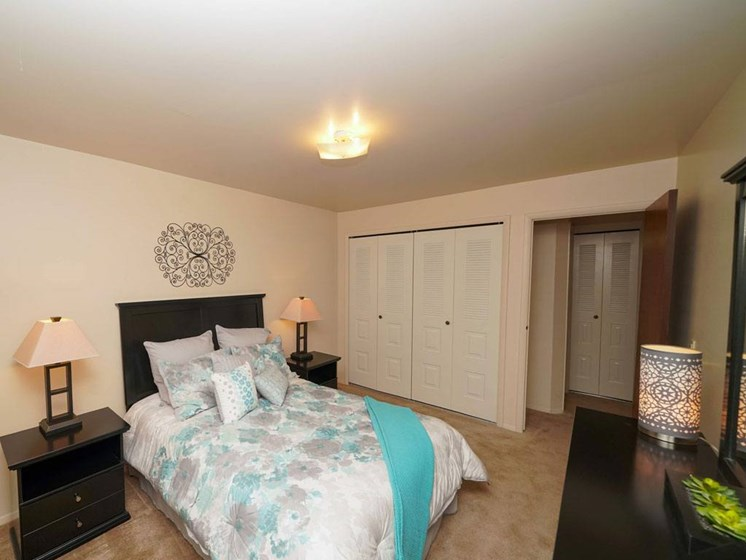 Gorgeous Bedroom Designs at Fairlane Apartments, Springfield, MI