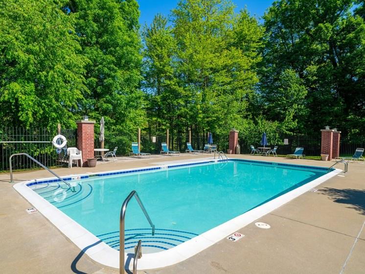 Refreshing Outdoor Pool at Glenn Valley Apartments, Battle Creek, 49015