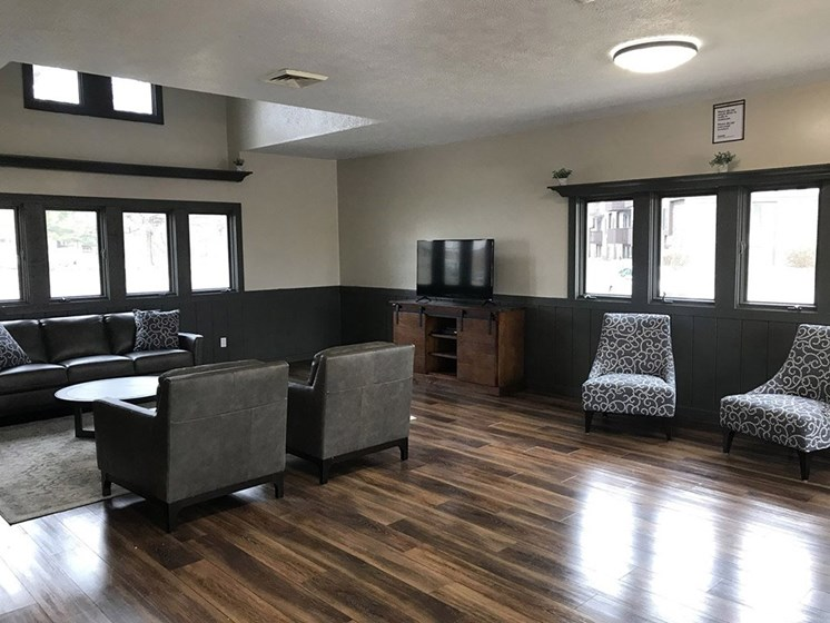 Posh Lounge Area In Clubhouse at Hickory Village Apartments, Mishawaka, IN