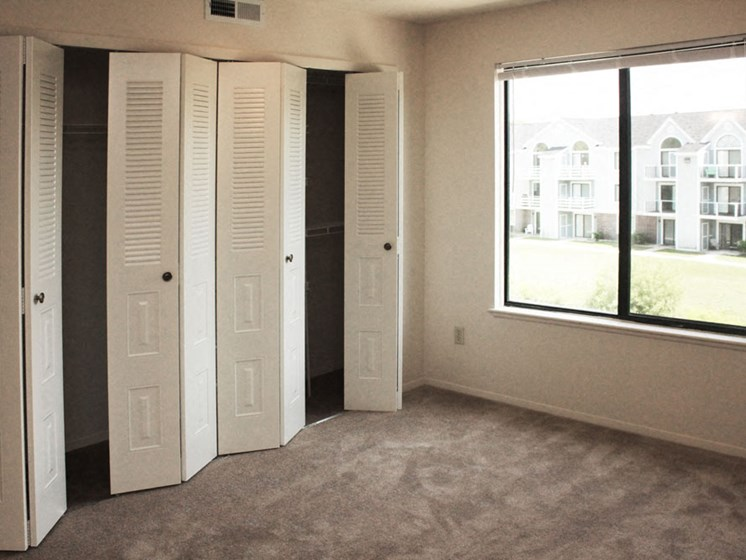Extra Large Closets at Hurwich Farms Apartments, Indiana, 46628