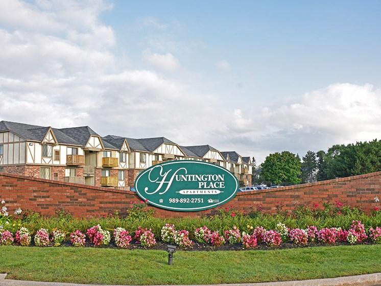 Main Entrance Sign at Huntington Place, Essexville, 48732