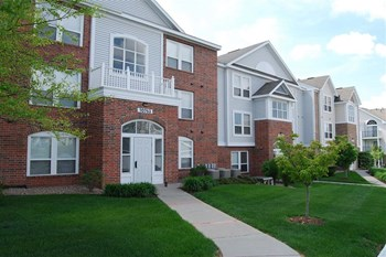 10736 Brentwood Drive 1-2 Beds Apartment for Rent Photo Gallery 1