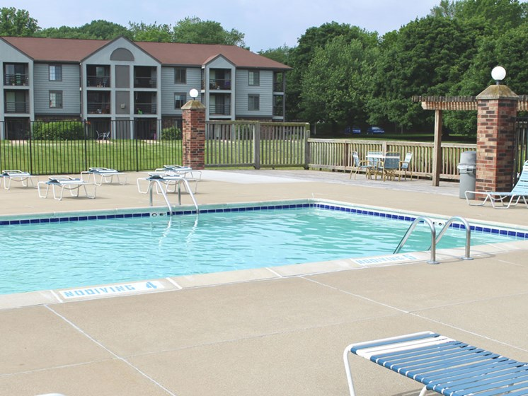 Sparkling Swimming Pool at Emerald Park Apartments, Michigan, 49001
