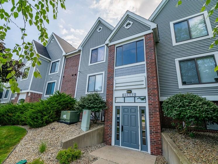 Exterior View at Arbor Lakes Apartments, Indiana, 46516