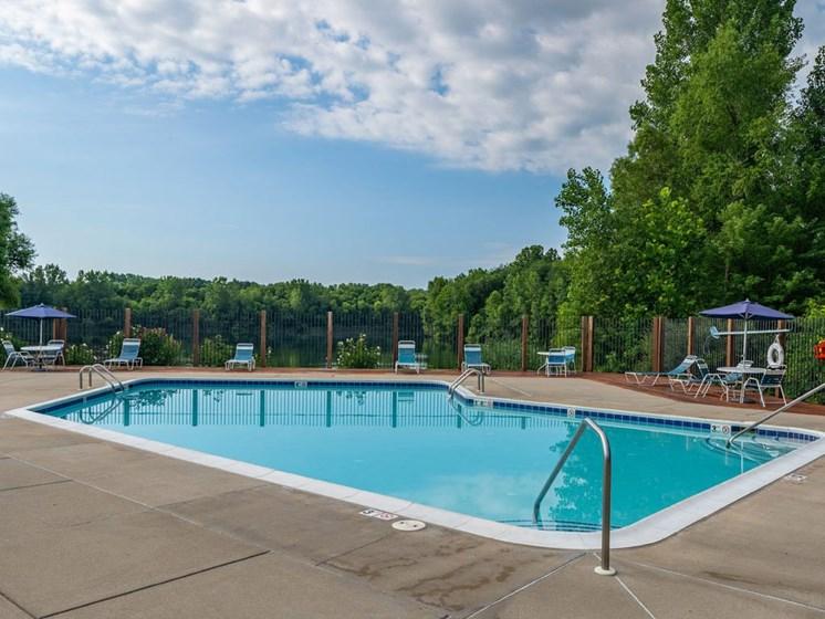 Crystal Clear Swimming Pool at Arbor Lakes Apartments, Elkhart, 46516