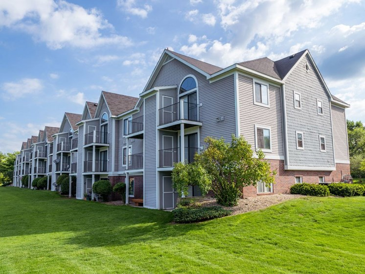 Lush Green Outdoor Spaces at Arbor Lakes Apartments, Elkhart, 46516