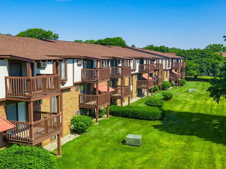 Lush Landscaping at Hickory Village Apartments, Mishawaka, IN, 46545