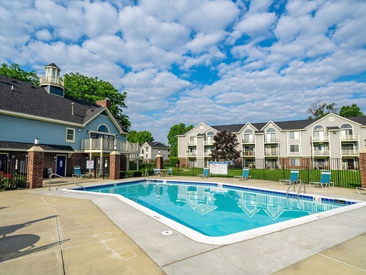 Pool With Sundeck at Hurwich Farms Apartments, South Bend, IN