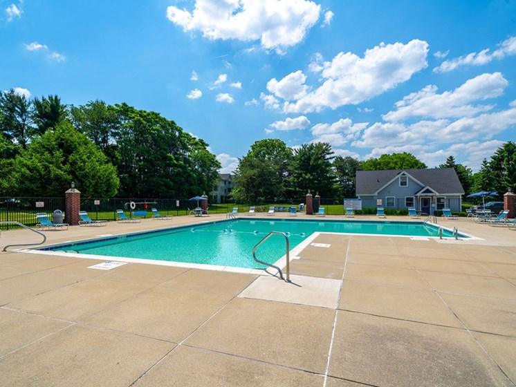 Relaxing Swimming Pool at Indian Lakes Apartments, Indiana, 46545