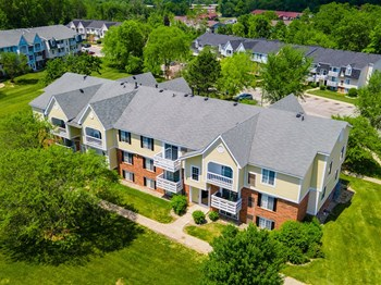 4245 Irish Hills Dr 2 Beds Apartment for Rent Photo Gallery 1