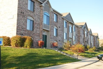 2325 West Briar Lake Way 1 Bed Apartment for Rent Photo Gallery 1