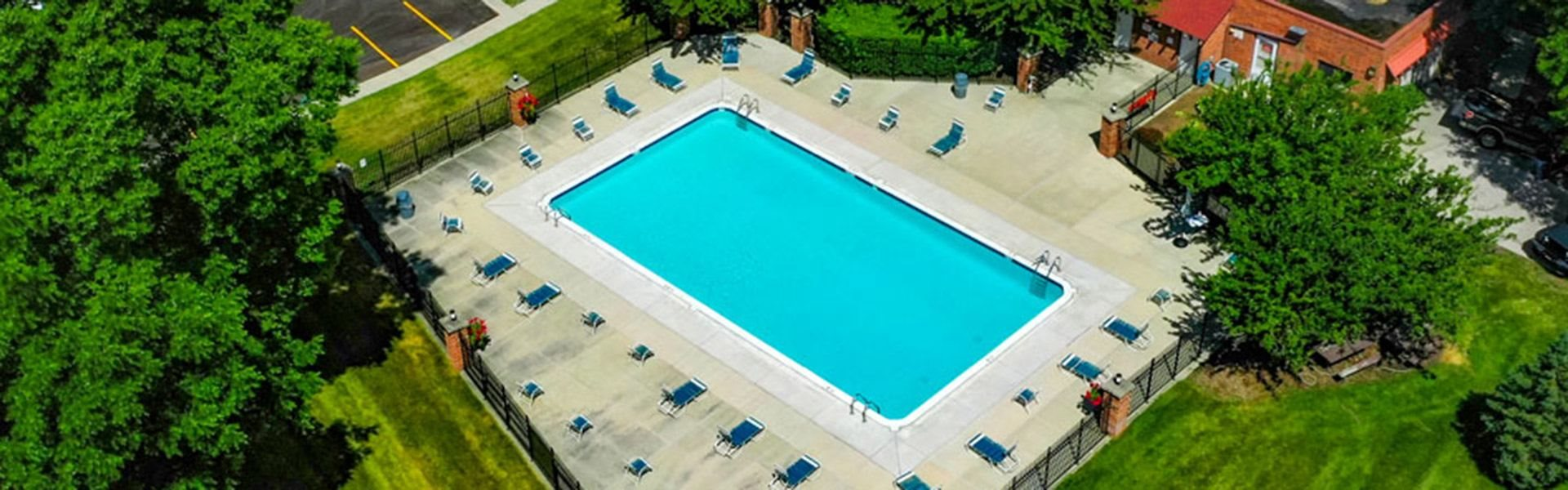 Swimming Pool And Relaxing Area at Old Farm Apartments, Indiana, 46517