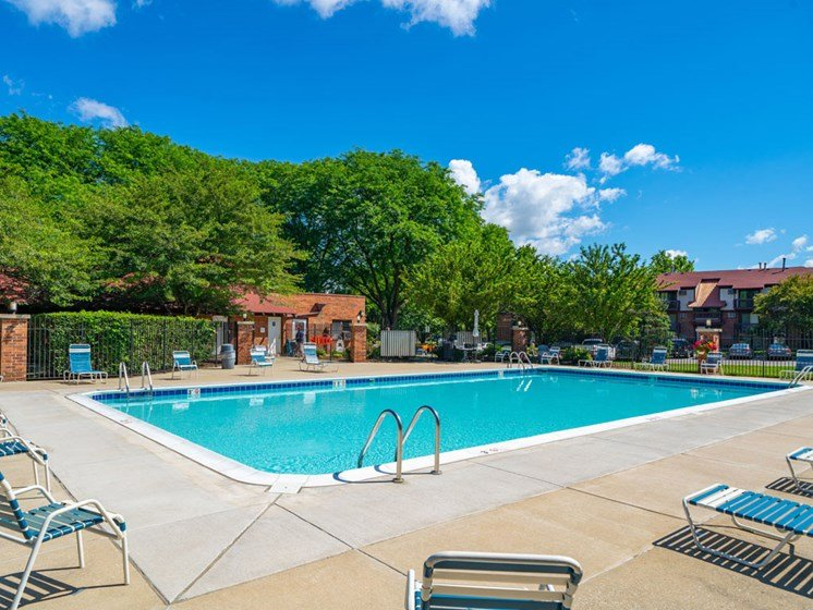 Resort Style Swimming Pool at Old Farm Apartments, Elkhart, Indiana